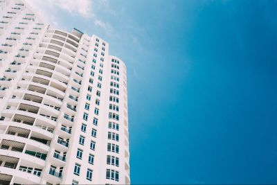 شقة في الطابق السادس للبيع