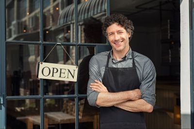 محل تجاري للإيجار مع إمكانية البيع أو البدل