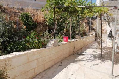 بيت مستقل في حرمله بسعر شقه