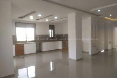 شقة جديدة تشطيب مميز واطلالة خلابة جدا للبيع