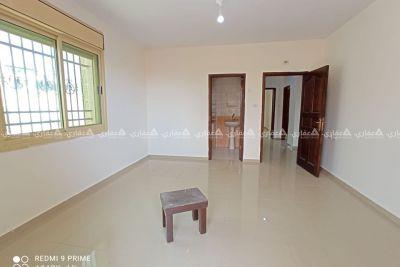 شقة غير مفروشة للإيجار بالقرب من رمزون الشني 1
