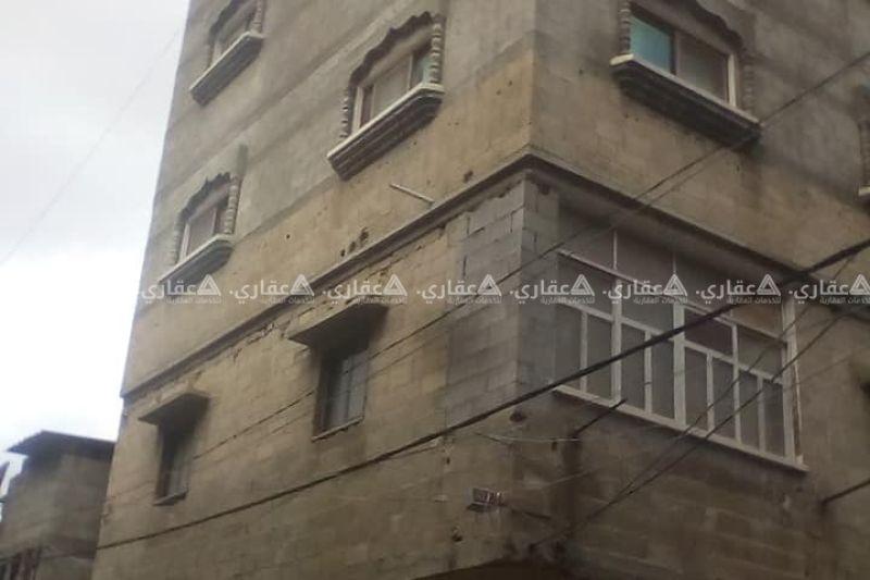 عمارة خمسة طوابق على شارعين الارض 110 متر