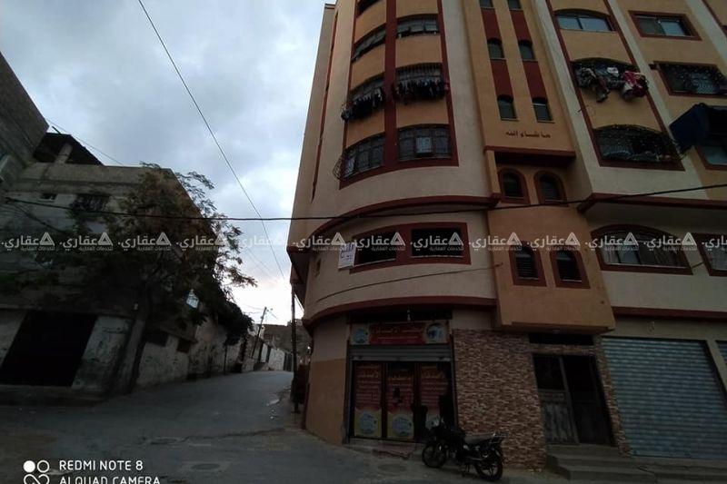 شقة عظم 70 متر طابق أول على أربع شوارع