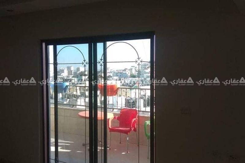 شقة للايجار أول ام الشرايط الشارع العام