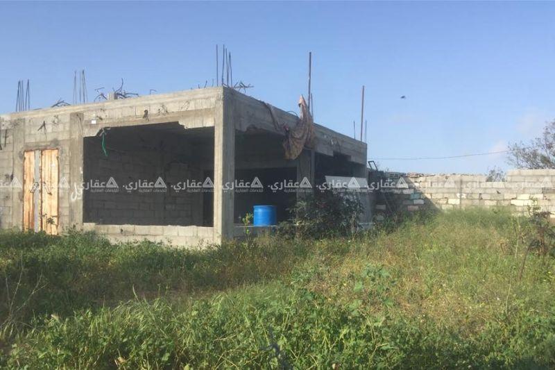 أرض مع بيت عضم سقف باطون مطل على بحر الشيخ عجلين