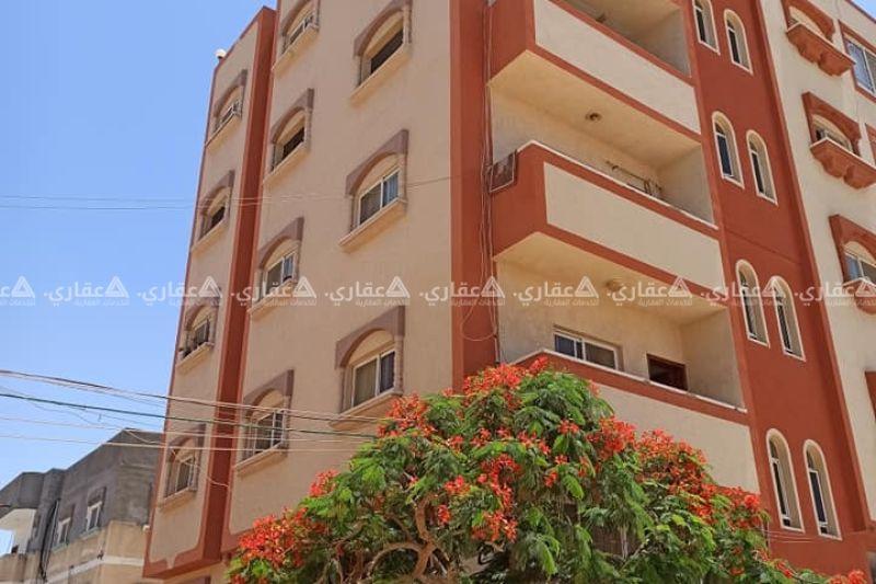 عمارة سكنية للبيع او المبادلة مع ارض