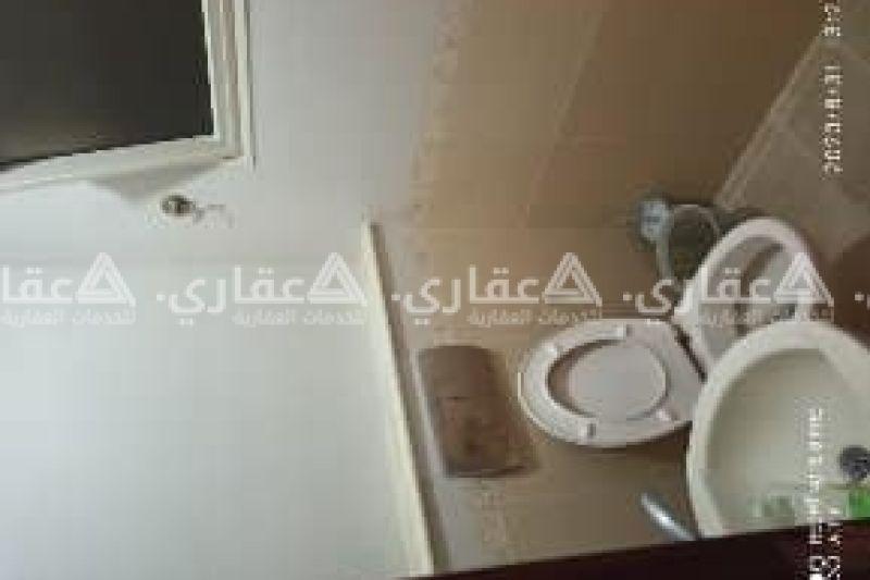 غرفة مفروشة ماستر مع حمام خاص