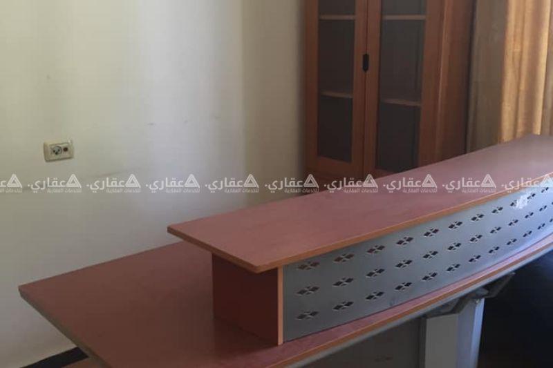مكتب للإيجار أو البيع