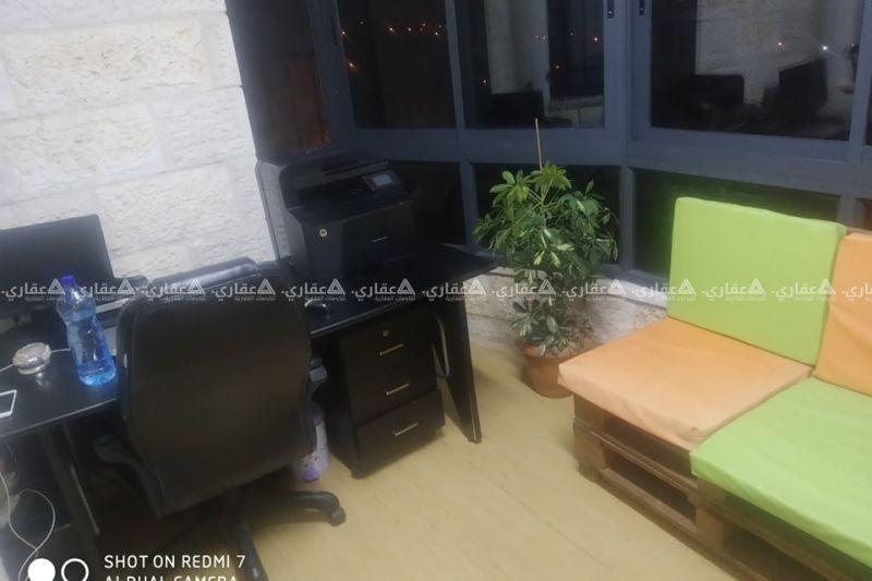 شقة مميزة في منطقة راقيه جدا وهادئة قرب السفارة الهندية