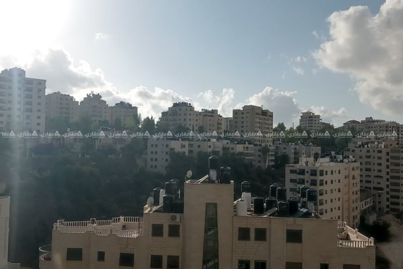 شقة غير مفروشة للبيع بجانب مسجد التقوى مباشرة