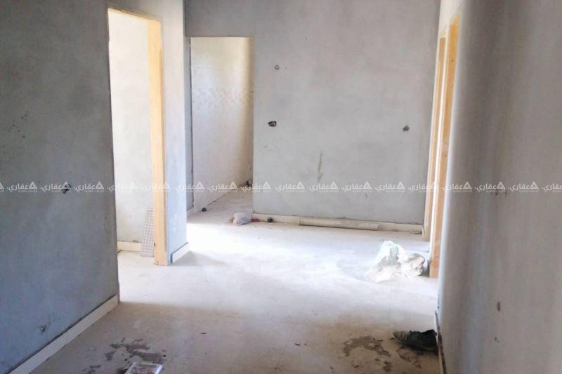 شقة مشطبة للبيع مطلة على الأربع جهات