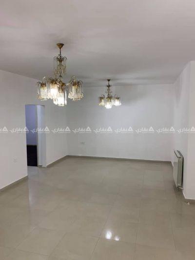 شقة للايجار في بيتونيا على الشارع الرئيسي (١٧)