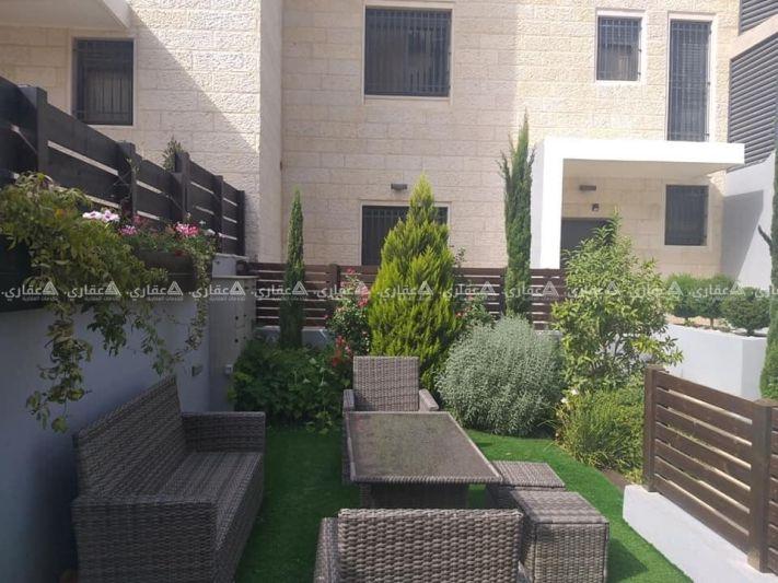 دوبلكس متصل للبيع في رام الله