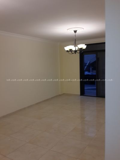 شقة لقطة للبيع بمدخل خاص