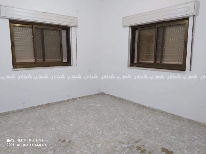شقة فارغة للإيجار قرب وزارة المالية